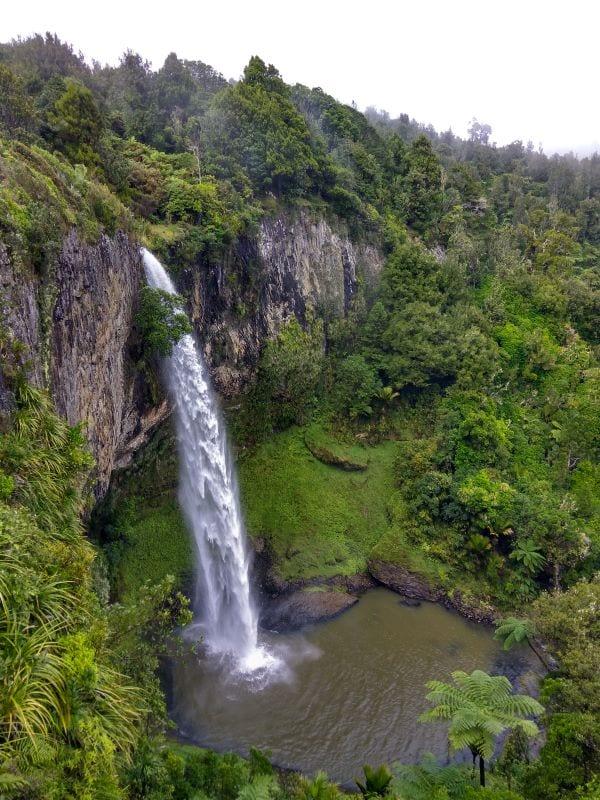 Водопады в районе Таупо