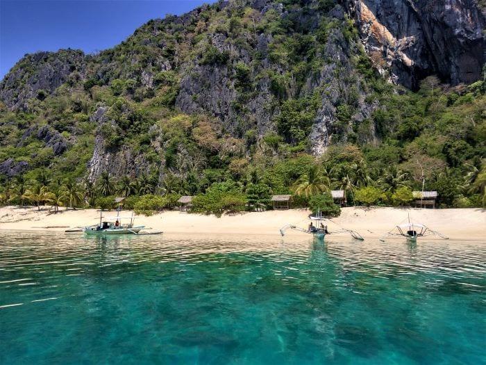 Пляж Черного острова, Филиппины