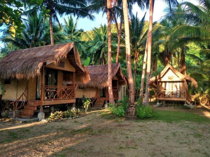 Соломенная хижина на острове Бусуанга