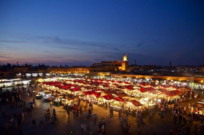 Рынок на центральной площади в Марракеше