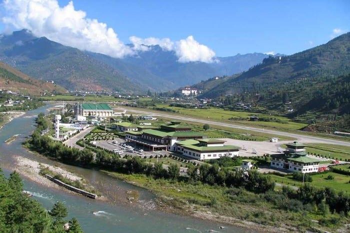 Аэропорт Паро, Бутан