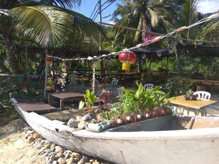 Бар острова Тиоман