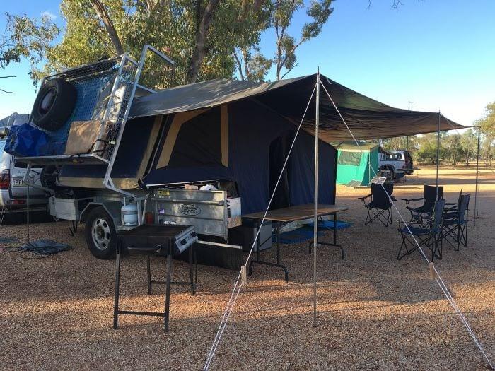 Прицеп палатка в открытом виде