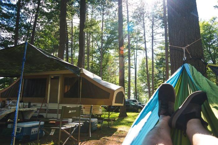Маленький прицеп-палатка