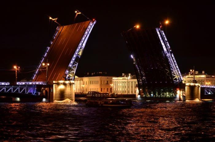 Разводные мосты Санкт-Петербург