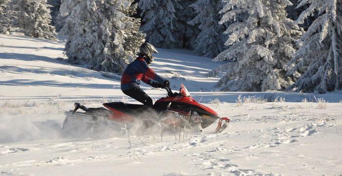 Снегоходы в Карелии зимой