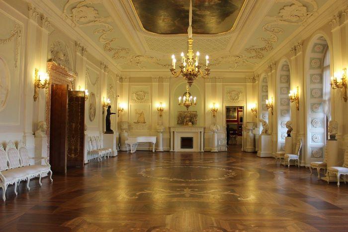 Гатчинский дворец внутри
